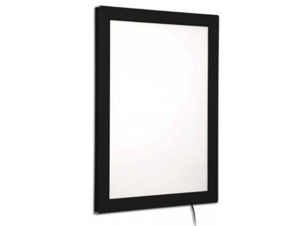 caja_de_luz_marco_negro_carpeta_led